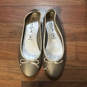 Genuine Leather Contesa Silver Flats From Italy